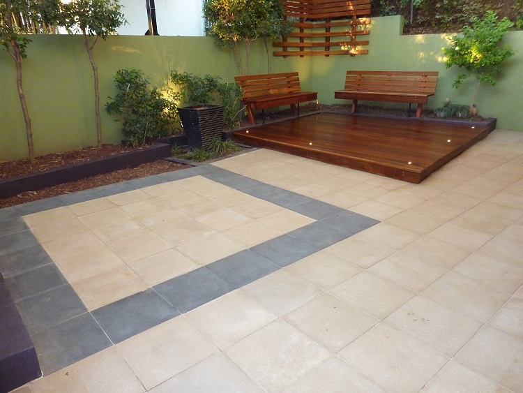 Wilston Grange deck and paving w/out light
