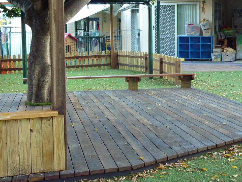Graceville - Large Play Timber deck around large fig tree